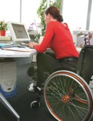 fauteuil+femme.jpg